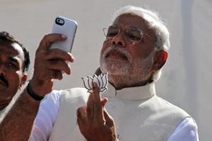 narendra-modi-selfie_650_050114022117